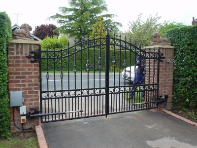 Electric Gates Above Ground Gate Automation Kits